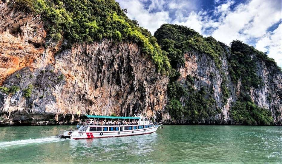Should You Use A Tour Guide In Thailand? - Thailandforme com